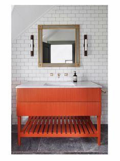 Ham Interiors bathroom design The Views Interior Garden, Bathroom Interior Design, Interior Design Living Room, Henley On Thames, Interior Staircase, Staircase Design, Industrial Kitchen Island, Bamboo Mirror, Hallway Designs