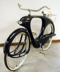 Just a car guy : the 1948 Bowden Spacelander bicycle, made of fiberglass when it was a big fad, but less than a thousand were made, they were too expensive