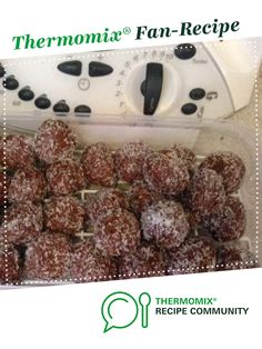 Recipe Simple Protein Balls by learn to make this recipe easily in your kitchen machine and discover other Thermomix recipes in Desserts & sweets. Sweets Recipes, Cake Recipes, Desserts, Bliss Balls, Protein Ball, Balls Recipe, Recipe Community, Grubs, Xmas Gifts