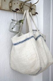 The Paper Mulberry: Rustic White Old rustic hooks. Sacs Tote Bags, Reusable Tote Bags, Paper Mulberry, Diy Sac, Sack Bag, Grain Sack, Linen Bag, Linens And Lace, Rustic White