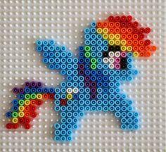 My Little pony hama beads / pyssla. Raimbowdash ~ my Little pony con pyssla/hama beads.