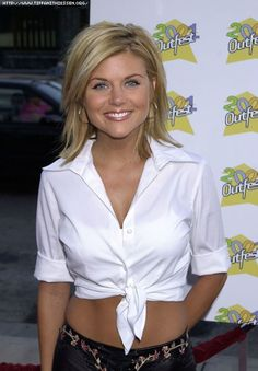 RAVE • Tiffani Thiessen • Style Book • tiffani thiessen make-up, tiffani thiessen hairstyle, tiffani thiessen look, tiffani thiessen style