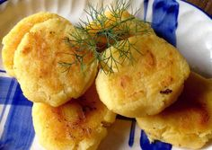 Discover step by step How to Make Pan-fried Polenta in your home. Make yours and serve Pan-fried Polenta for your family or friends. Polenta Fries, Fried Polenta, Polenta Recipes, Yummy Food, Tasty, Yogurt Sauce, My Cookbook, Best Dishes, Great Recipes