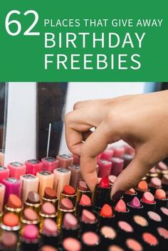Starbucks and 83 Other Places That Give Away Birthday Freebies Here's where to score free things on your birthday. Freebies On Your Birthday, Free On Your Birthday, Free Birthday Gifts, Birthday Rewards, 22nd Birthday, Birthday Wishes, Free Things On Birthday, Birthday Month, Birthday Freebies Makeup