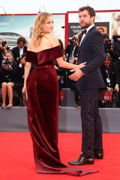 Diane Kruger veste Boss (marca comandada por Jason Wu) no tapete vermelho do 72º Festival de Filmes de Veneza.