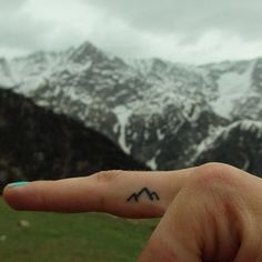 This is a great stop for a minimalist tattoo.