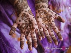 Krishna and Radha as designed by www.hennalounge.com. Master Henna artist Darcy is available travel for your destination wedding events in California, Mexico, Central American and Europe. Henna Lounge makes and uses only 100% natural henna paste. Pricing begins at $125/hour. Contact her at 415-215-6901 or info@hennalounge.com. Indian Weddings Inspirations. http://pinterest.com/HennaLounge/