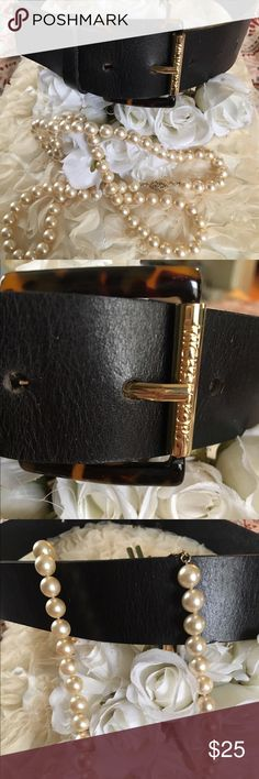 MICHAEL KORS DARK CHOCOLATE BROWN/BLACK BELT Very rich and deep dark chocolate brown almost black leather Michael Kors Belt with a plastic tortoise shell colored buckle and gold hardware. Great bc it can go with anything. Size medium and very gently used. Michael Kors Accessories Belts