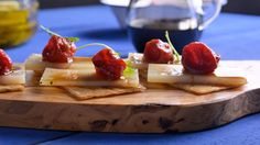 Receta   Coca de tomates confitados, queso y rúcula - canalcocina.es