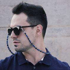 Necklace Holder, Diy Necklace, Eyeglass Holder, Black Thread, Eye Glasses, Stylish Men, Beaded Jewelry, Mens Sunglasses, Unisex