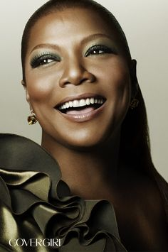 COVERGIRL Queen Latifah is wearing LashBlast Fusion Mascara in Very Black and Eye Enhancers 3-Kit Eyeshadows in Sea Glass. http://www.covergirl.com/lashblast-fusion-mascara