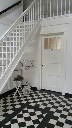 Jaren30woningen.nl   Badkamer in #jaren30 stijl   Jaren 30 Badkamer ...