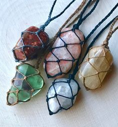 Handmade macrame crystal necklaces Carry their energy with you throu Hippie Jewelry, Macrame Jewelry, Cute Jewelry, Stone Jewelry, Crystal Jewelry, Crystal Necklace, Diy Jewelry, Jewelery, Jewelry Accessories