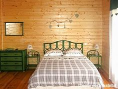 Take a break from civilization and stay in this hunting lodge-esque #B&B right in the #French #Alps! This #furnished #chalet features all-wood interiors and great amenities! (More pics inside!) http://www.nyhabitat.com/south-france-apartment/bed-breakfast/1017