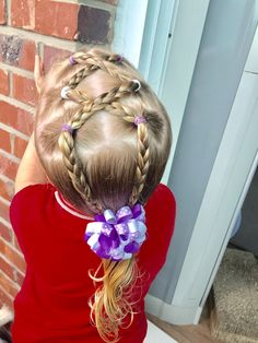 Day 29 style: a fun elastic style of cross-cross braids into low ponytail