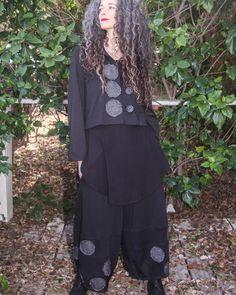 Raw-edged applique circles - Avivit Yizhar   Atelier Designers