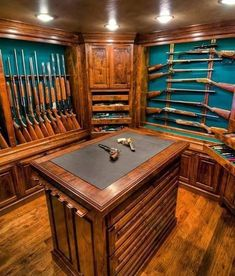 Something similar to the for the gun/vault room. Need some sort of counter in there Gun Vault, Weapon Storage, Gun Storage, Gun Safe Room, Reloading Room, Trophy Rooms, Survival, House Design, Design Design