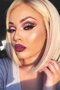holiday makeup Newest Winter Makeup Ideas picture 1 Skin Makeup, Beauty Makeup, Hair Beauty, Dark Makeup, Full Face Makeup, Makeup Goals, Natural Makeup, Winter Make-up, Viva Glam Kay