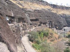 Ajanta-barlangok Travel Images, Travel Pictures, Travel Photos, Ajanta Caves, India Online, Online Travel, Tourist Spots, India Travel, Incredible India