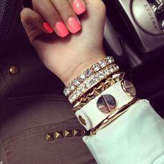 Super cute bangles.