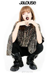 Latest Blackpink Lisa New Photo Collection Blackpink Lisa, Jennie Blackpink, South Korean Girls, Korean Girl Groups, Xiao Li, Lisa Black Pink, Kim Jisoo, Vogue Korea, Rock Chic
