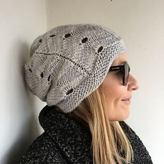 It´s a quick and easy knit, perfect for a little gift. The Queencake hat creates a soft, feminine line around your face.