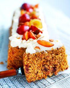 Rich carrot cake/Runsaskuituinen porkkanakakku