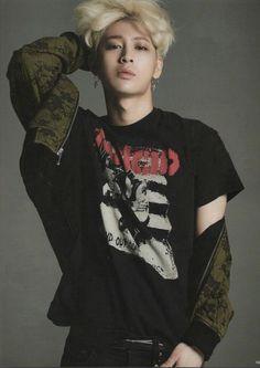 4MEE MAGAZINE #iKON #YUNHYEONG #SONG cr.letmelove_jh