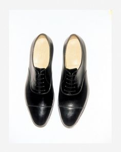 The Selection | John Lobb custom-made black Oxfords | www.stylissima.co.il