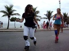 ▶ Dancing and skate jamming on rollerblades - YouTube