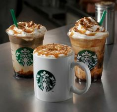 17 Perfect Starbucks Copycat Recipes For The Summer! Stay Cool And Create Your O… 17 Perfect Starbucks Copycat Recipes For The Summer! Stay Cool And Create Your Own Perfect Iced Coffee Beverages From Home! Starbucks Rewards, Starbucks Drinks, Starbucks Coffee, Coffee Drinks, Iced Coffee, Coffee Milk, Mcdonalds Coffee, Starbucks Breakfast, Happy Coffee
