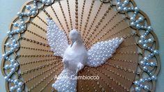 Divino Espírito Santo para decoração.  tamanho: 42x42cm