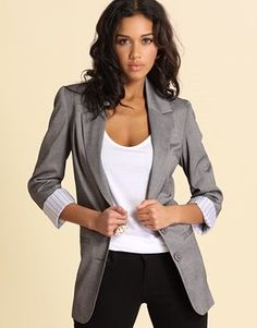 Adding grey blazer to my list of things I NEED! Stylish Work Outfits, Boyfriend Blazer, Professional Wardrobe, Business Attire, Business Casual, Work Attire, Office Attire, Online Shopping Clothes, Latest Fashion Clothes