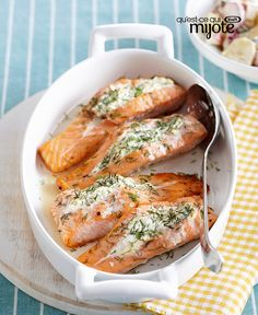 4 Points About Vintage And Standard Elizabethan Cooking Recipes! Roasted Salmon With Herbed Cream Cheese Salmon And Creme Cheese, Herb Cream Cheese Recipe, Cream Cheese Recipes Dinner, Dinner Recipes, Fish Recipes, Seafood Recipes, Cooking Recipes, Healthy Recipes, What's Cooking