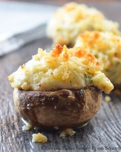 Collection of 29 Best Delicious Stuffed Mushroom Recipes For Party's Appetizer New Years Appetizers, Yummy Appetizers, Appetizer Recipes, Crab Appetizer, Appetizer Ideas, Holiday Appetizers, Party Recipes, Holiday Recipes, Milk Recipes