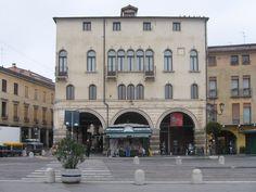 Vi aspettiamo a Palazzo Angeli, il più antico palazzo di Prato della Valle; un occasione per vedere questo fantastico Palazzo,che fu la residenza di Andrea Memmo a cui si deve la costruzione di Prato della Valle, ma un occasione anche per visitare il Museo del PRECINEMA!