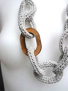 Crochet Chain Link Necklace tutorial by Shara Lambeth Designs