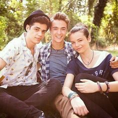 Youtuber, Serie Tv, Disney Channel, Cute Boys, Tik Tok, Persona, Couple Photos, My Love, Friends