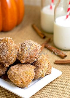 Easy Pumpkin Donuts made with Bisquick mix - bet these would work with the gluten free Bisquick too! Holiday treats!