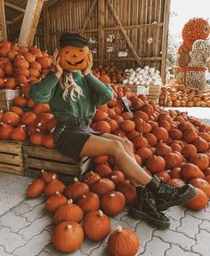Halloween Inspo, Halloween Pictures, Fall Halloween, Halloween Party, Halloween Decorations, Pumpkin Pictures, Autumn Cozy, Autumn Aesthetic, Fall Photos