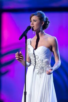 Miss South Carolina Brooke Mosteller wore Mac Duggal during her Talent prelim at Miss America 2014!