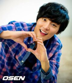 News: Yoon Shi Yoon Begins His Military Service I must say, it's amazing he's serving his country and I'm glad I saw this later when he's almost done with his two years. Asian Actors, Korean Actors, Korean Dramas, Korean Actresses, Hot Actors, Actors & Actresses, Yoon Shi Yoon, Korean Drama Stars, Korean Variety Shows