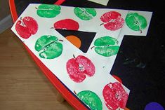 Toddler Boredom Busters: Letter A - Apple Prints