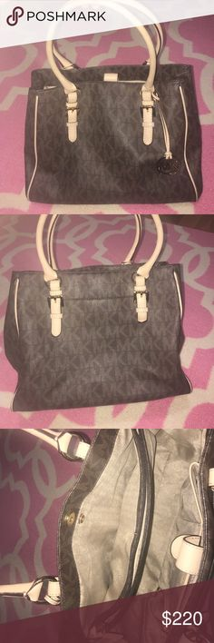 Brown Michael Kors Bag This bag is so pretty and fits so many things! Its in great used condition. Feel free to ask any questions or make an offer! Michael Kors Bags Shoulder Bags