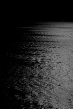 Black | 黒 | Kuro | Nero | Noir | Preto | Ebony | Sable | Onyx | Charcoal | Obsidian | Jet | Raven | Color | Texture | Pattern | Black Sea | Silencieuse Truth