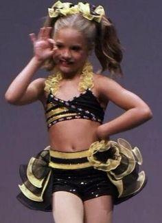'Honey Bee' Mackenzie Ziegler solo