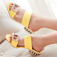 Femmes sandales 2016 dames d'été pantoufles chaussures femmes talons bas sandales grande taille 9 10 mode Orange strass chaussures jaune(China (Mainland))