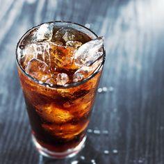 11 usos de la Coca-Cola que demuestran que no es apta para el consumo humano - Mejor con Salud