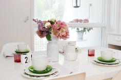 Table setting / Iittala / Arabia / Design Letters / White / Green / Pink / Flowers / Summer