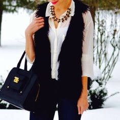 Baby it's cold outside #Lauraardigton #Accessories #F21xMe